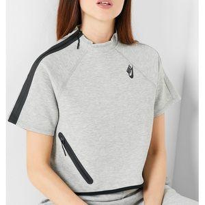 Nike Sportswear Tech Fleece Wmns Short-Sleeve Top